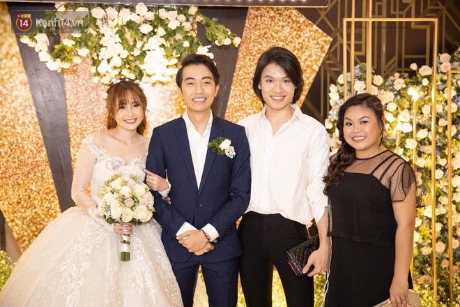 Streamer giàu nhất Việt Nam cùng dàn khách mời đình đám tại lễ cưới Cris Phan - Mai Quỳnh Anh - Ảnh 14.