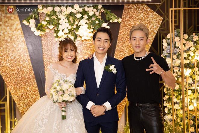 Streamer giàu nhất Việt Nam cùng dàn khách mời đình đám tại lễ cưới Cris Phan - Mai Quỳnh Anh - Ảnh 15.