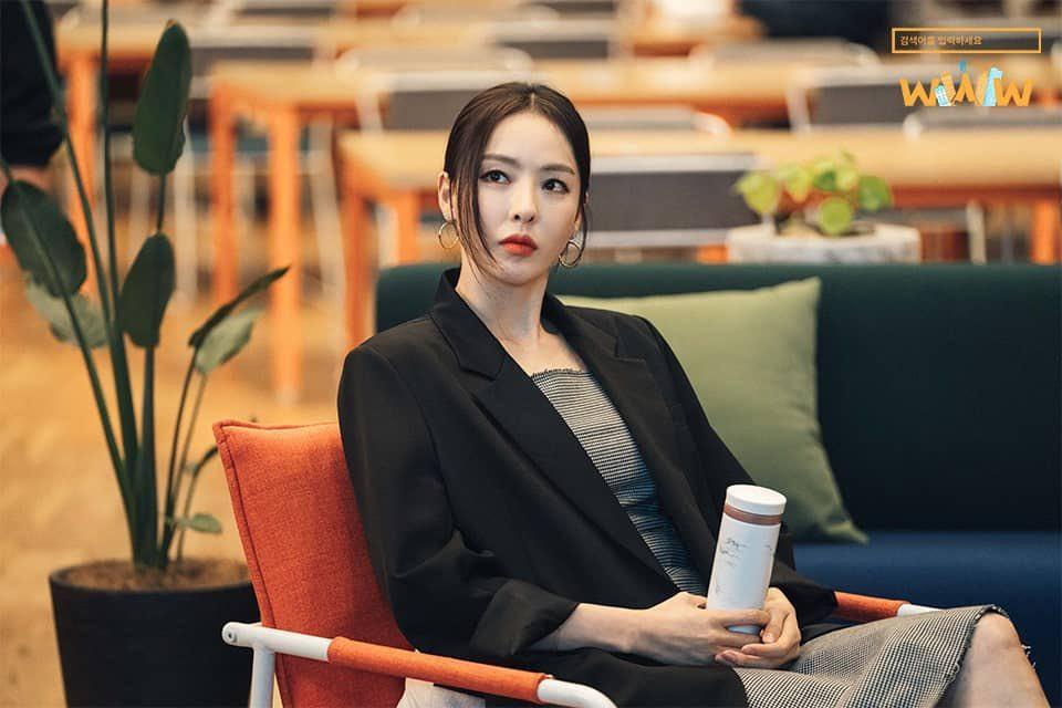 Phim Hàn gần đây có thể ảm đạm, nhưng thời trang trong đó vẫn là nguồn cảm hứng dạt dào cho chị em công sở - Ảnh 16.
