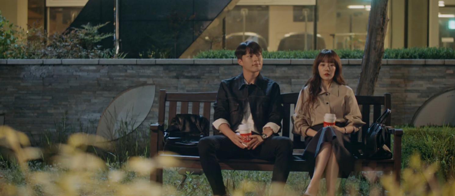 Phim Hàn gần đây có thể ảm đạm, nhưng thời trang trong đó vẫn là nguồn cảm hứng dạt dào cho chị em công sở - Ảnh 3.