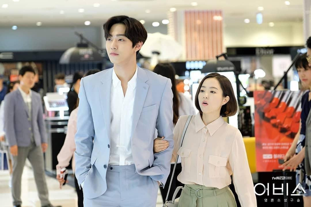 Phim Hàn gần đây có thể ảm đạm, nhưng thời trang trong đó vẫn là nguồn cảm hứng dạt dào cho chị em công sở - Ảnh 8.
