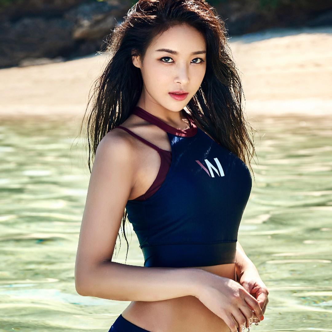 Trời 60 độ cũng phải tắt nắng vì dàn idol nữ Kpop sở hữu body chuẩn Tây: Nét nóng bỏng thay đổi cả quy chuẩn! - Ảnh 19.