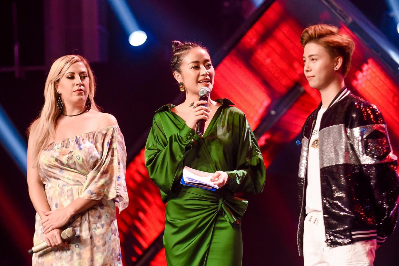 Giọng hát Việt: Bích Tuyết bất ngờ khoe khả năng hát tiếng Pháp, Bo Bắp chiến thắng nhưng vẫn bị giám khảo chê - Ảnh 10.