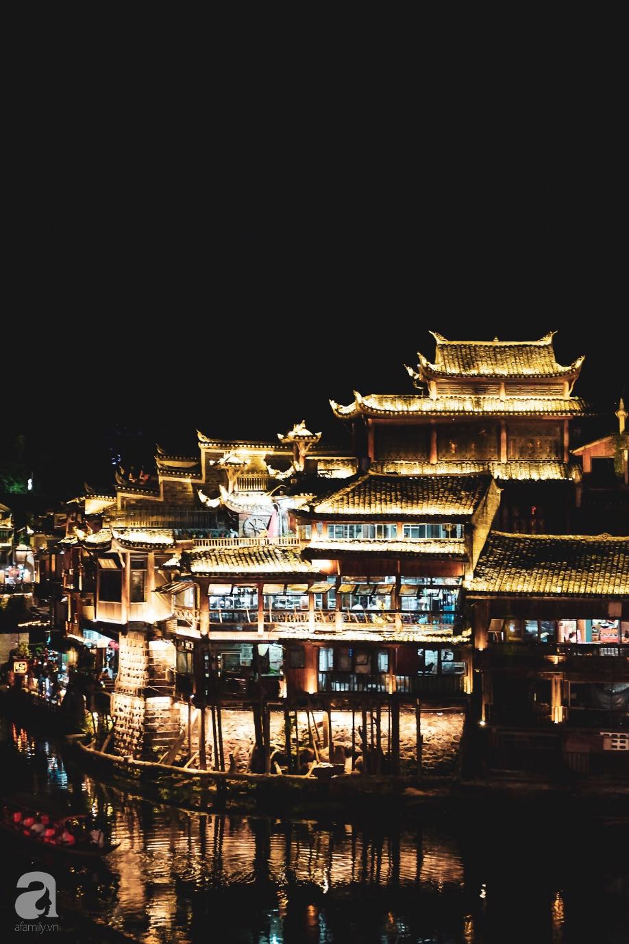 Kinh nghiệm du lịch Phượng Hoàng Cổ Trấn chỉ 13 triệu/người cho 9 ngày mà ở homestay đẹp, ăn uống tùy hứng - Ảnh 12.