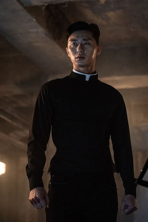 Ngán làm cameo bị gọi hồn trong Kí Sinh Trùng, Park Seo Joon làm mục sư điển trai 6 múi nhất màn ảnh Hàn - Ảnh 5.
