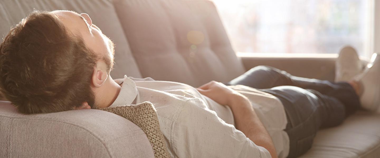 Những lầm tưởng về giấc ngủ có thể ảnh hưởng không ngờ đến sức khoẻ của bạn - Ảnh 3.