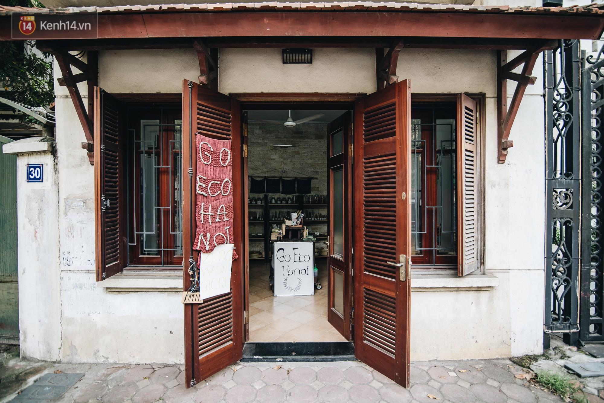 Cửa hàng zero waste đầu tiên tại Hà Nội: Ước mơ bán được tất cả các sản phẩm thiết yếu mà không cần bao bì - Ảnh 2.