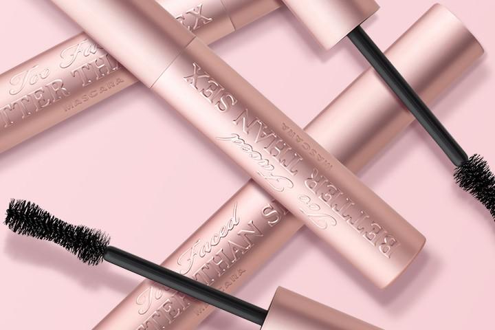 Là tín đồ makeup chân chính, bạn nhất định phải thử 20 món mỹ phẩm đã thu phục hết thảy các beauty editor này - Ảnh 10.