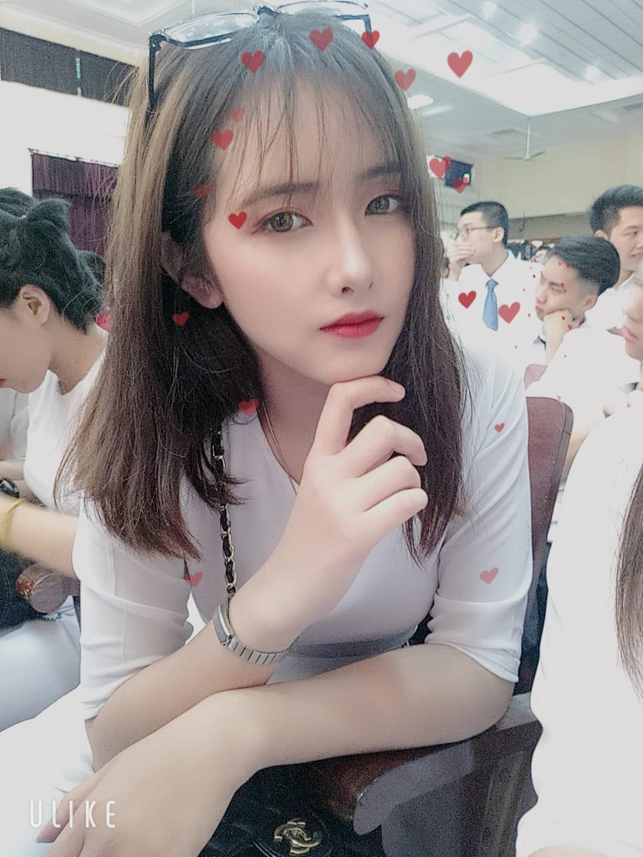 Vô tình lọt vào ống kính phóng viên tại điểm thi THPT, gái xinh liên tục nhận được câu hỏi: Idol Hàn nào đi lạc tới đây? - Ảnh 3.