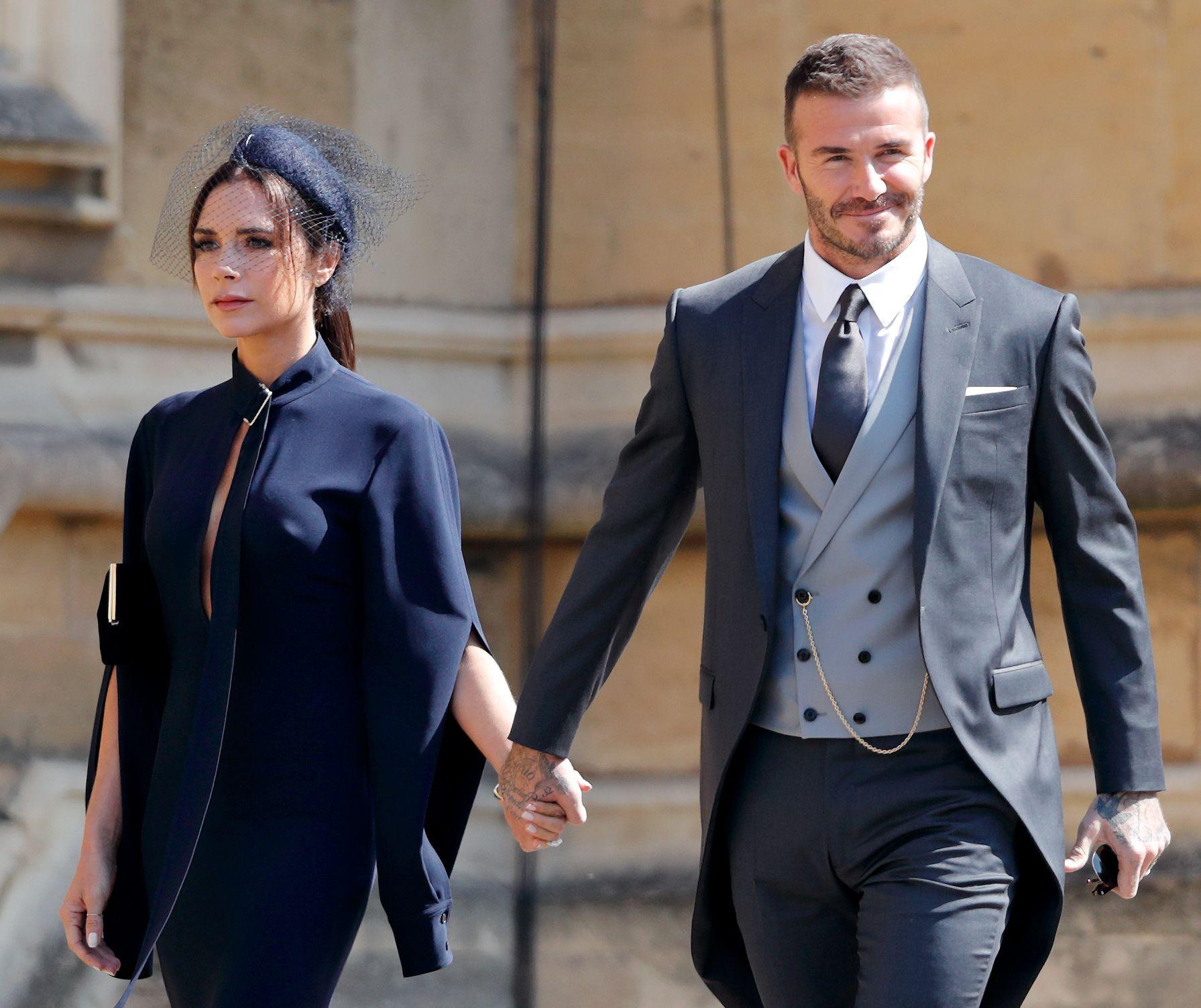 Mặc tin đồn ly dị đến vụng trộm, Beckham vẫn khiến cả thế giới ghen tỵ vì ưu ái vợ cử chỉ đặc biệt này suốt 20 năm - Ảnh 6.