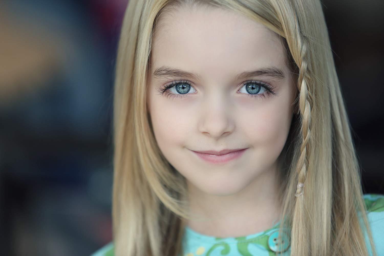 Dàn cast hot nhất Annabelle 2019: Nhan sắc của Annabelle gây ngỡ ngàng, bất ngờ toàn sao Marvel và DC tụ hội - Ảnh 17.