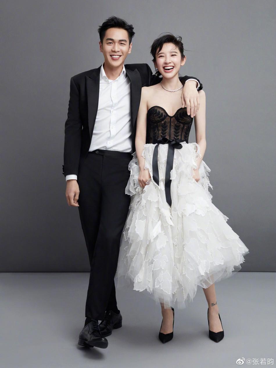 Bộ ảnh cưới tràn ngập hạnh phúc và nụ cười tít mắt của cặp đôi Tây Du Ký trước giờ G được tiết lộ - Ảnh 4.