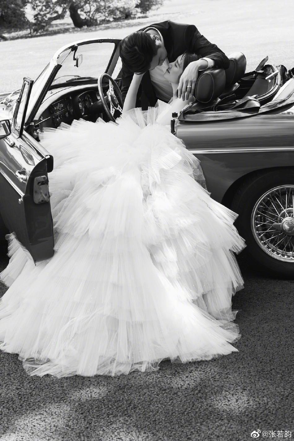 Bộ ảnh cưới tràn ngập hạnh phúc và nụ cười tít mắt của cặp đôi Tây Du Ký trước giờ G được tiết lộ - Ảnh 5.
