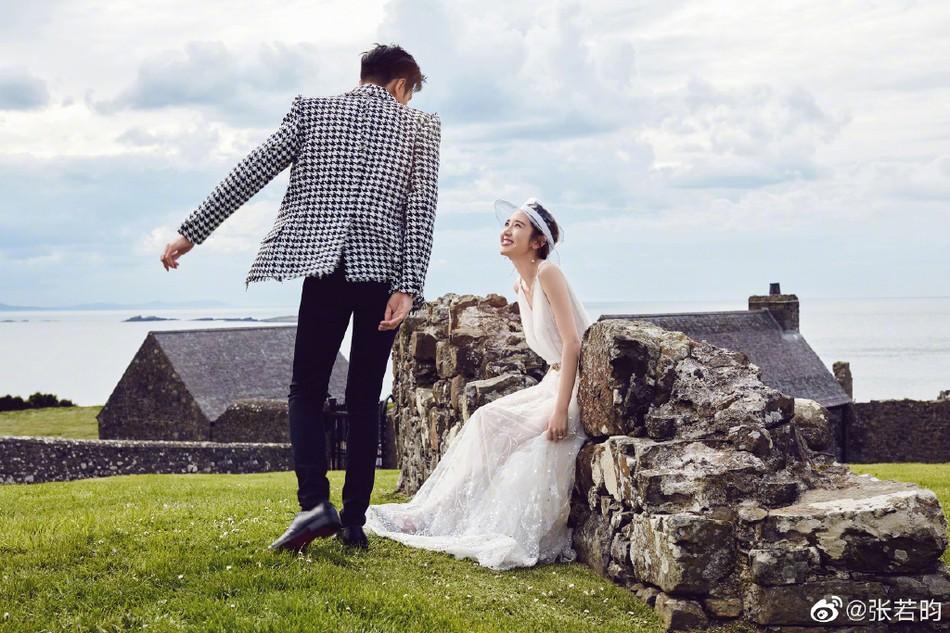 Bộ ảnh cưới tràn ngập hạnh phúc và nụ cười tít mắt của cặp đôi Tây Du Ký trước giờ G được tiết lộ - Ảnh 7.