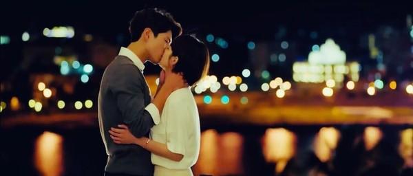 Park Bo Gum bị đồn phim giả tình thật với Song Hye Kyo, loạt khoảnh khắc ngọt lịm Encounter lại bị đào lên! - Ảnh 19.