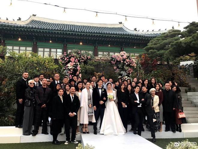 Nhìn lại siêu đám cưới ở khách sạn The Shilla sang chảnh bậc nhất Seoul này mà giờ càng thêm xót xa khi Song Joong Ki đệ đơn ly dị Song Hye Kyo - Ảnh 16.