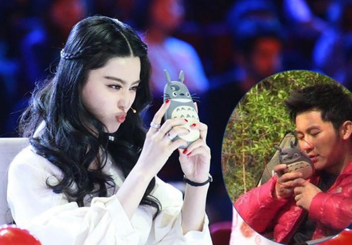 """Phạm Băng Băng – Lý Thần chia tay: Netizen tiếc nuối với loạt đồ đôi """"tình như cái bình"""" - Ảnh 7."""