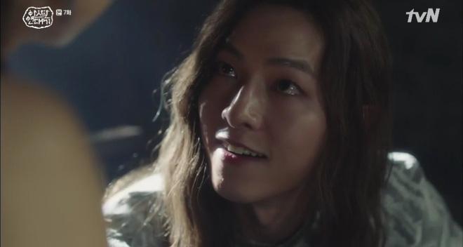 Chuyện tình Song Joong Ki trong Niên Sử Kí Arthdal nhọ không kém: Người thương bị giết hại, tiểu tam tin đồn đời thực hóa mẹ trẻ nuôi anh từ tấm bé! - Ảnh 6.