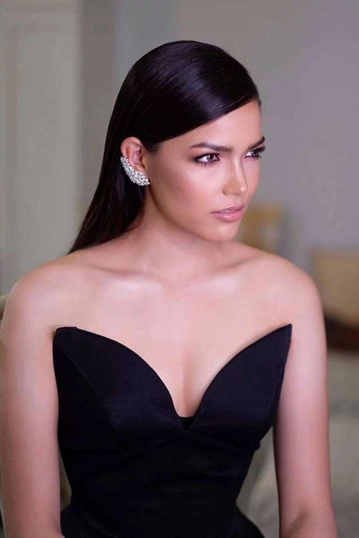 Mỹ nhân 25 tuổi vừa đăng quang Hoa hậu Hoàn vũ Thái: Con lai 2 dòng máu, lội ngược dòng ngoạn mục từ Á thành Hoa - Ảnh 4.