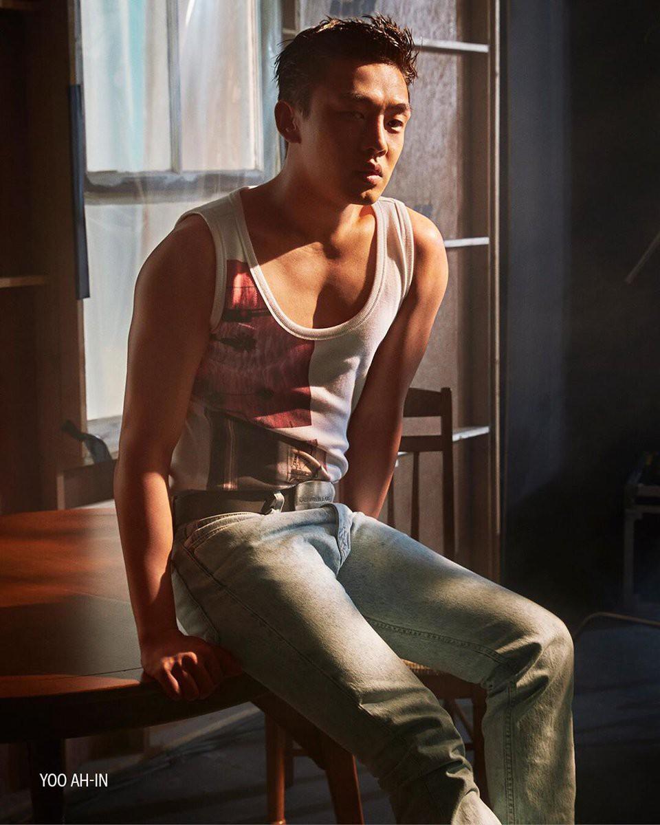 Tăng cân ầm ầm mất hết múi bụng, Yoo Ah In từ trai đẹp sexy đã thành ông chú bụng bia lúc nào không hay - Ảnh 6.