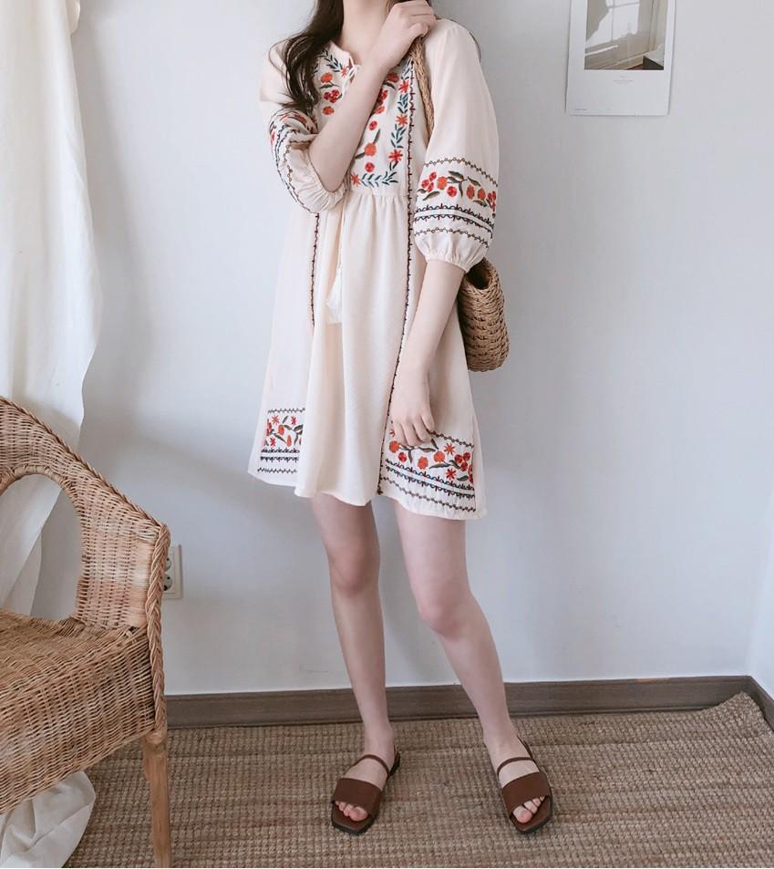 Biết là mùa hè mặc váy rất thích nhưng có 3 kiểu váy mà nàng công sở không nên sắm cho đỡ tốn tiền - Ảnh 3.