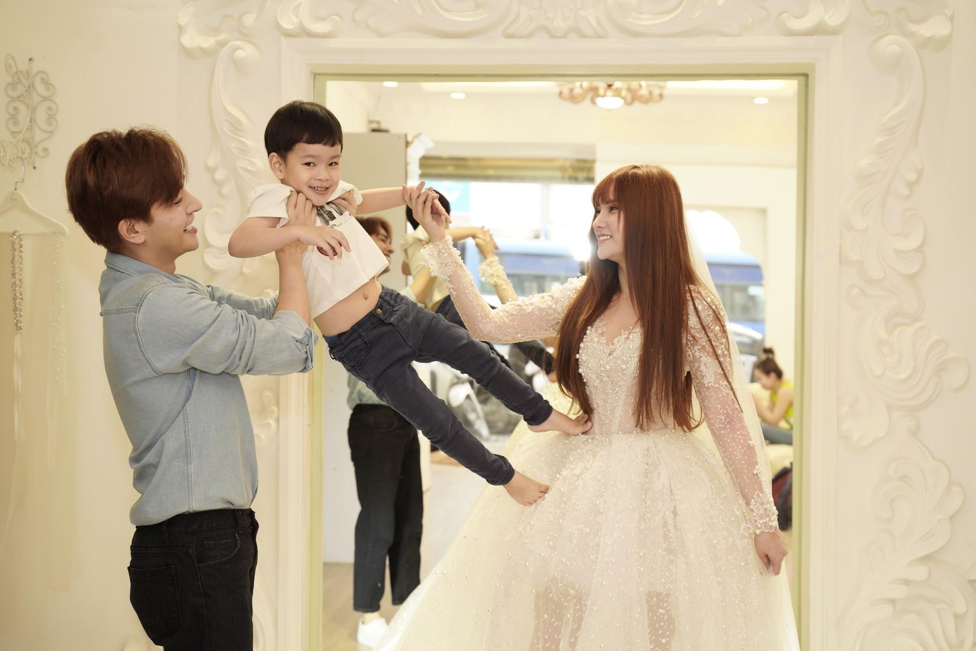 Thu Thủy chọn váy cưới rộng, khéo léo che chắn vòng 2 giữa tin đồn cưới chạy bầu - Ảnh 5.
