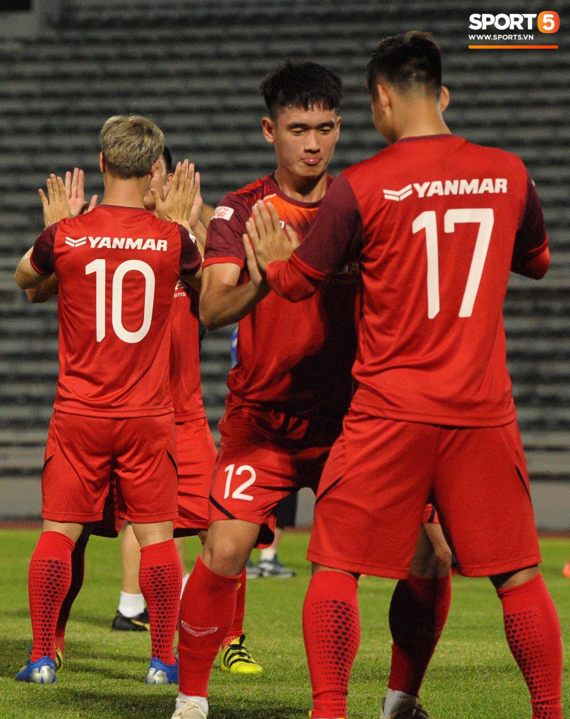 Xuân Trường táng Đức Huy không trượt phát nào trong buổi tập trước trận gặp Thái Lan - Ảnh 9.