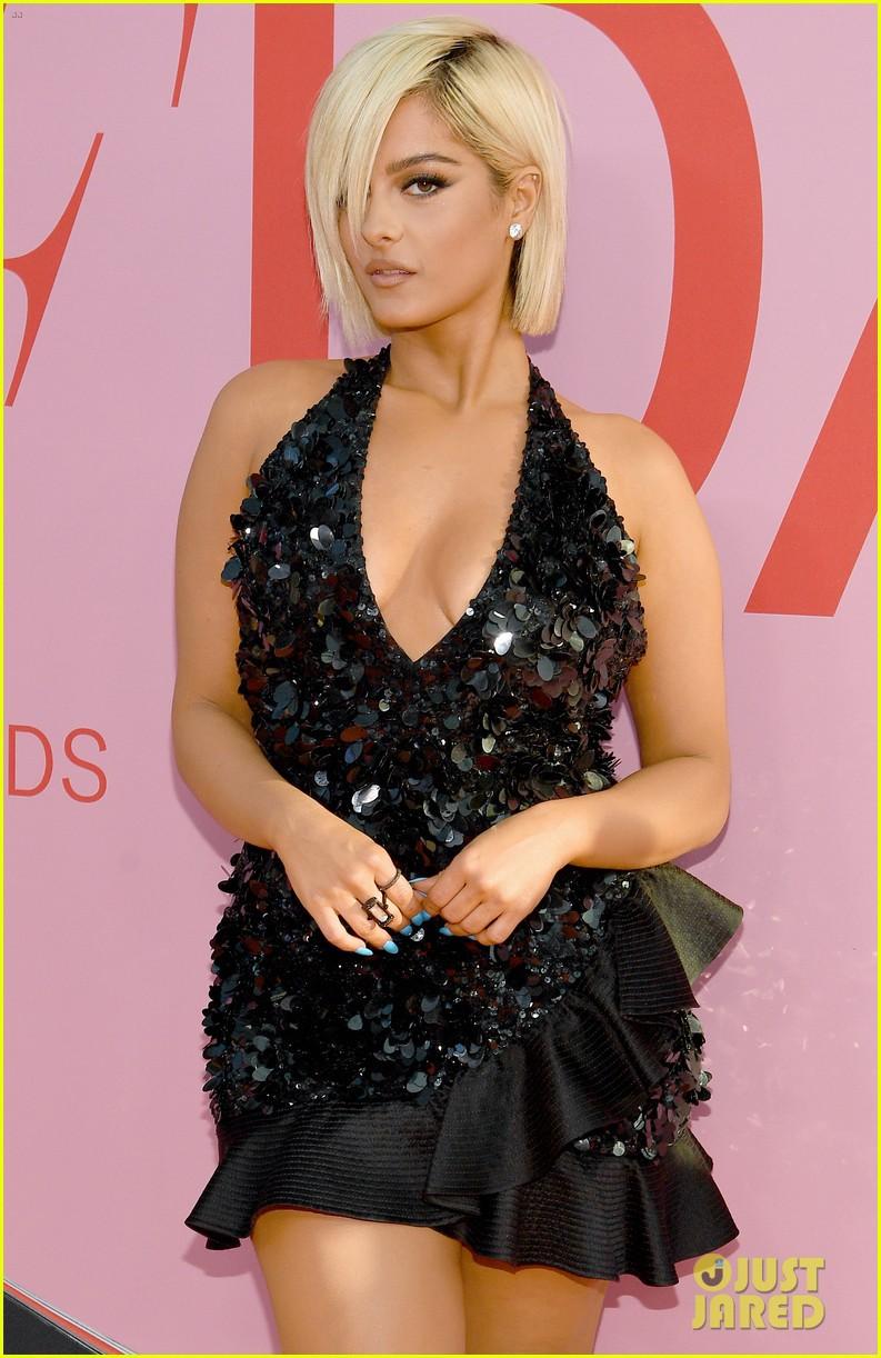 Thảm hồng gây nổ Hollywood: Dàn thiên thần Victorias Secret thế hệ mới đọ sắc lồng lộn nhưng bị Jennifer Lopez đè bẹp - Ảnh 15.