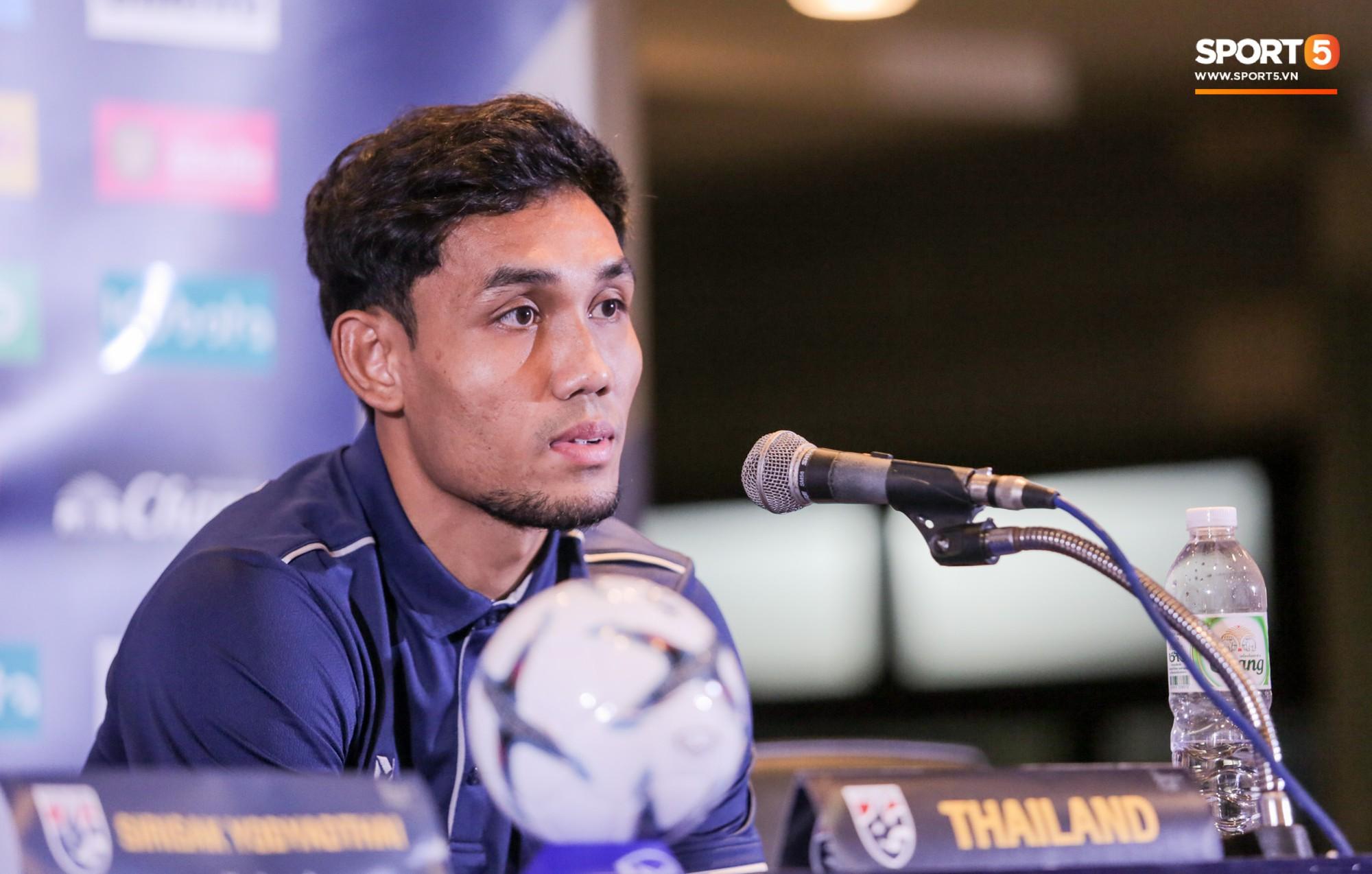 HLV tuyển Thái Lan bật cười khi được hỏi đội nhà hay Việt Nam xuất sắc nhất Đông Nam Á - Ảnh 2.