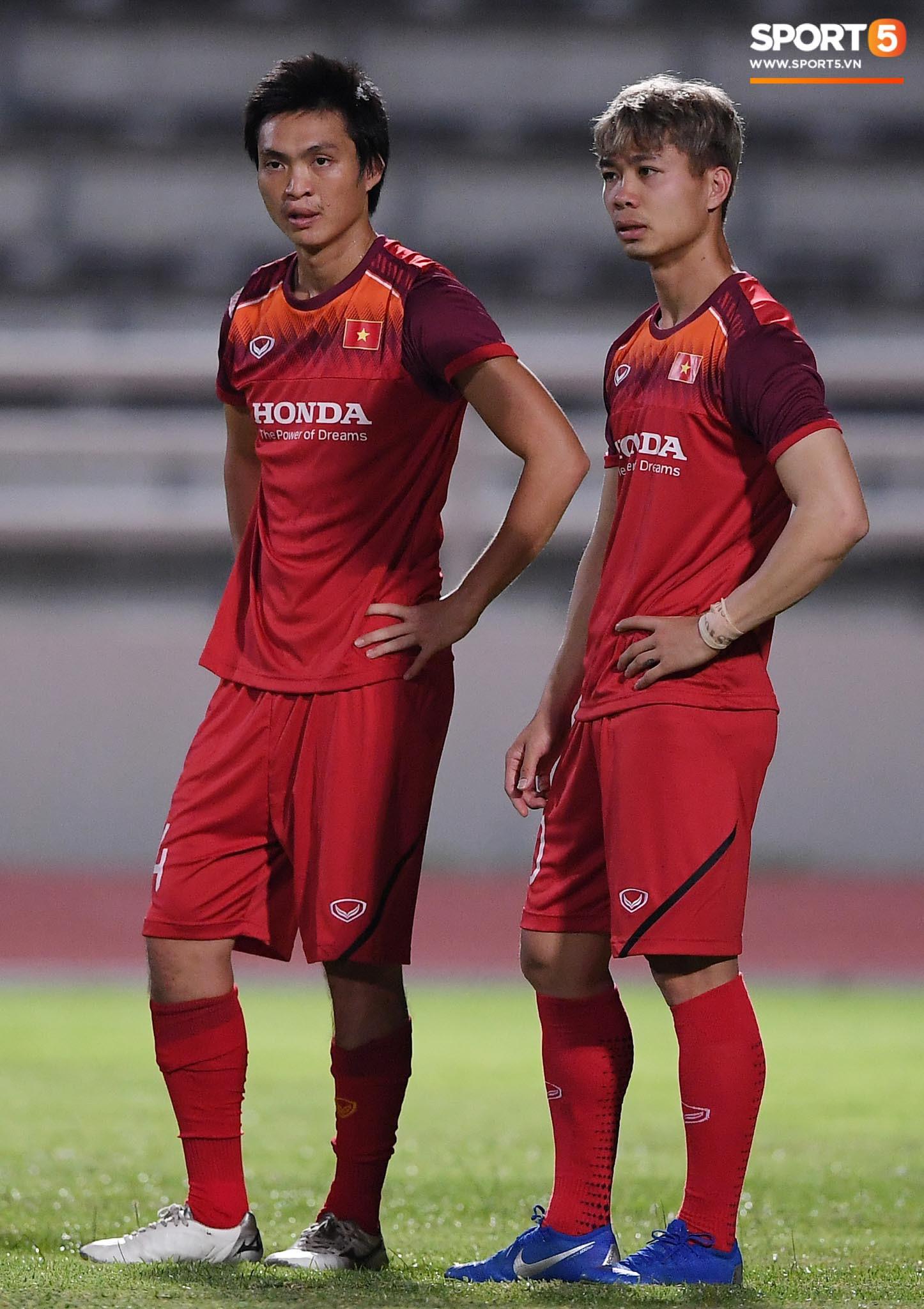 Xuân Trường trò chuyện không ngớt cùng Tuấn Anh, cặp tiền vệ tài hoa ngày nào của U19 Việt Nam chính thức tái hợp - Ảnh 7.