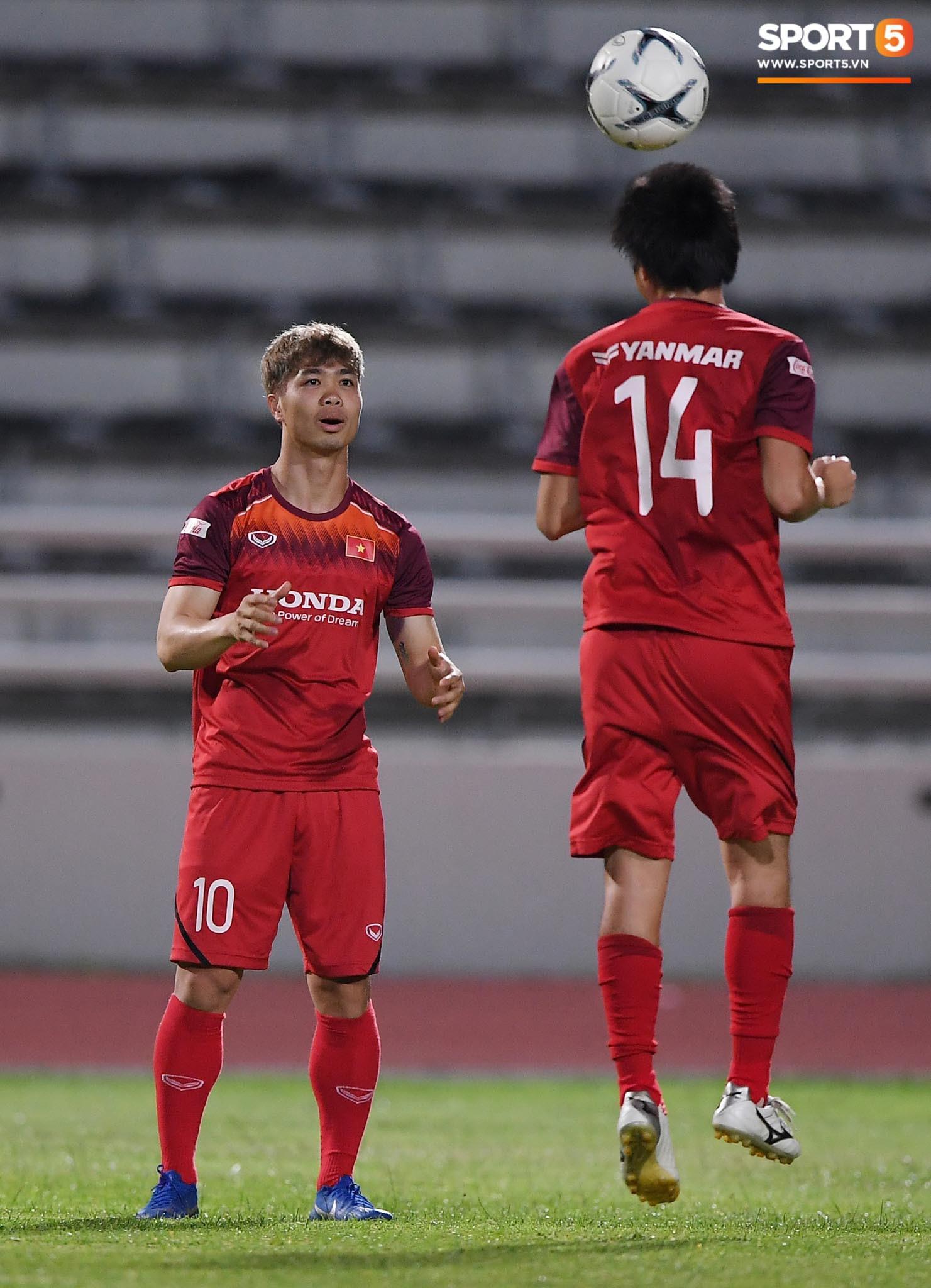 Xuân Trường táng Đức Huy không trượt phát nào trong buổi tập trước trận gặp Thái Lan - Ảnh 10.
