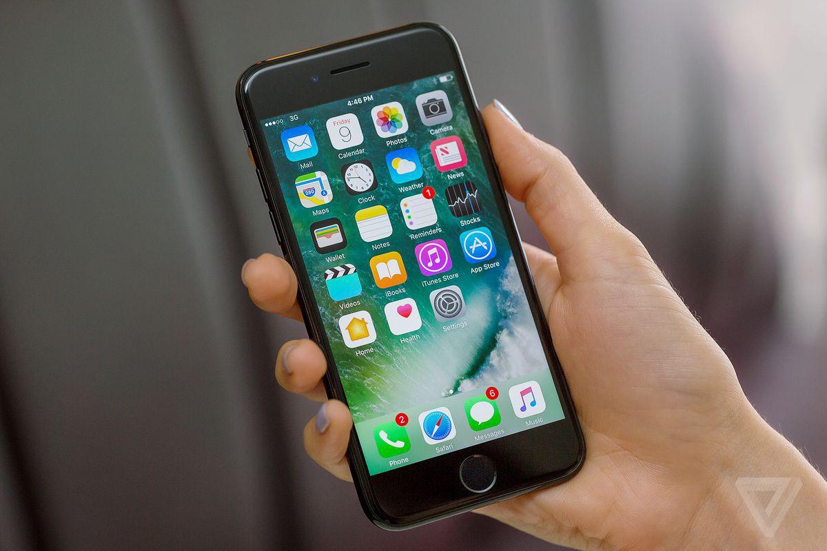 Những ai giờ này vẫn dùng đồ cổ iPhone 6: Hãy chuẩn bị tinh thần để buồn rười rượi vào tháng 9 tới đây - Ảnh 1.