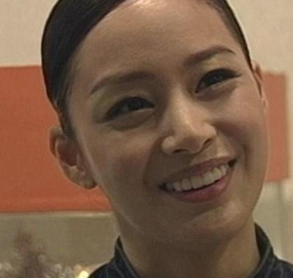 Ai ngờ nữ hoàng đẹp không góc chết Kim Tae Hee cũng từng có thời gây tá hỏa vì gương mặt khó đỡ thế này - Ảnh 2.