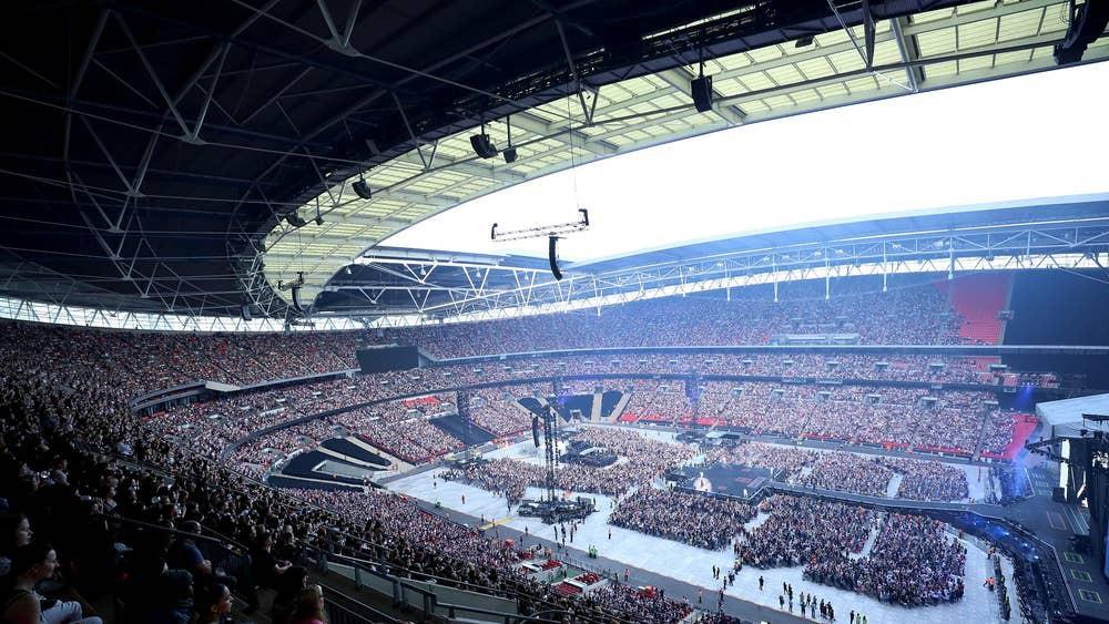 Đừng lo nghĩ về việc BTS hay Taylor Swift sold-out Wembley nữa, đây mới là chúa tể thực sự của thánh địa này! - Ảnh 7.