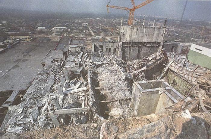 Những bức ảnh hơn vạn lời nói cho thấy mức độ khủng khiếp của thảm họa hạt nhân Chernobyl: Vùng đất chết chóc bao giờ mới hồi sinh? - Ảnh 6.