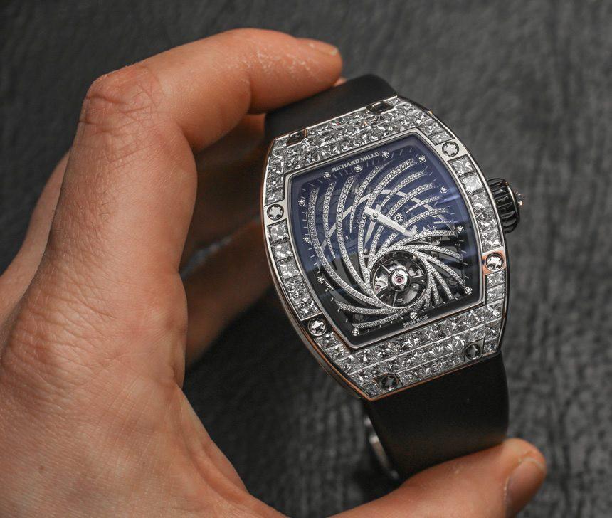Dân tình đê mê vì anh Vũ Về Nhà Đi Con đã đẹp trai còn đeo đồng hồ hơn 20 tỷ, nhưng soi kĩ lại thì hình như là... đồ fake - Ảnh 3.