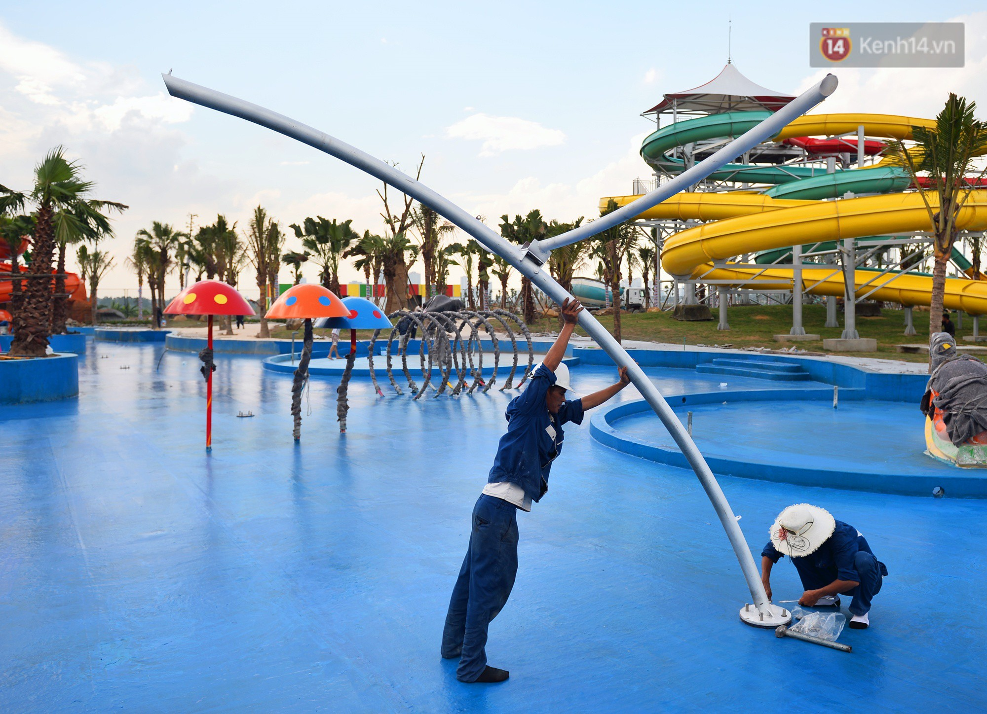 Cận cảnh công viên nước hiện đại nhất Thủ đô sắp được khai trương - Ảnh 4.