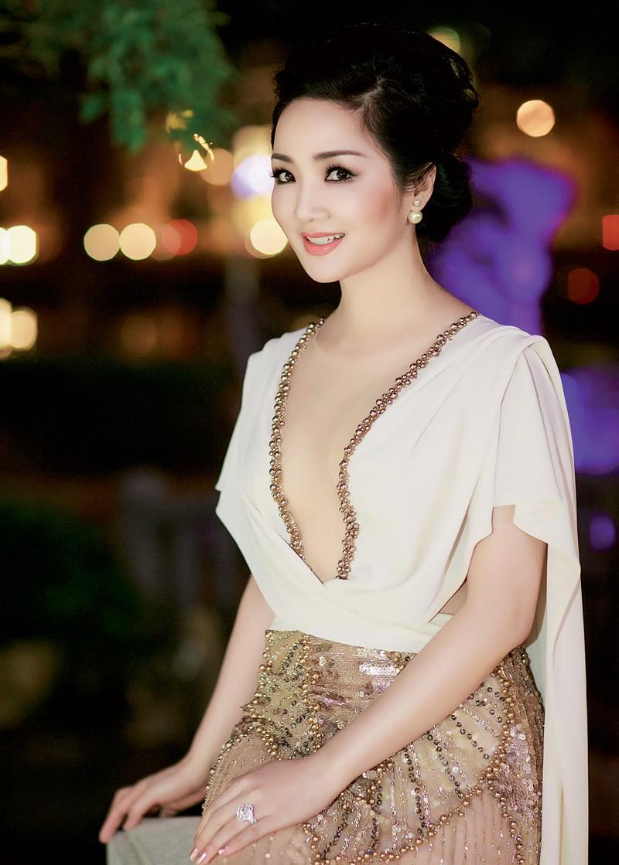 Đỉnh cao nhan sắc dàn Hoa hậu U40, U50 của Vbiz: Đăng quang cả thập kỷ vẫn giữ trọn vẻ đẹp như thời thanh xuân - Ảnh 7.