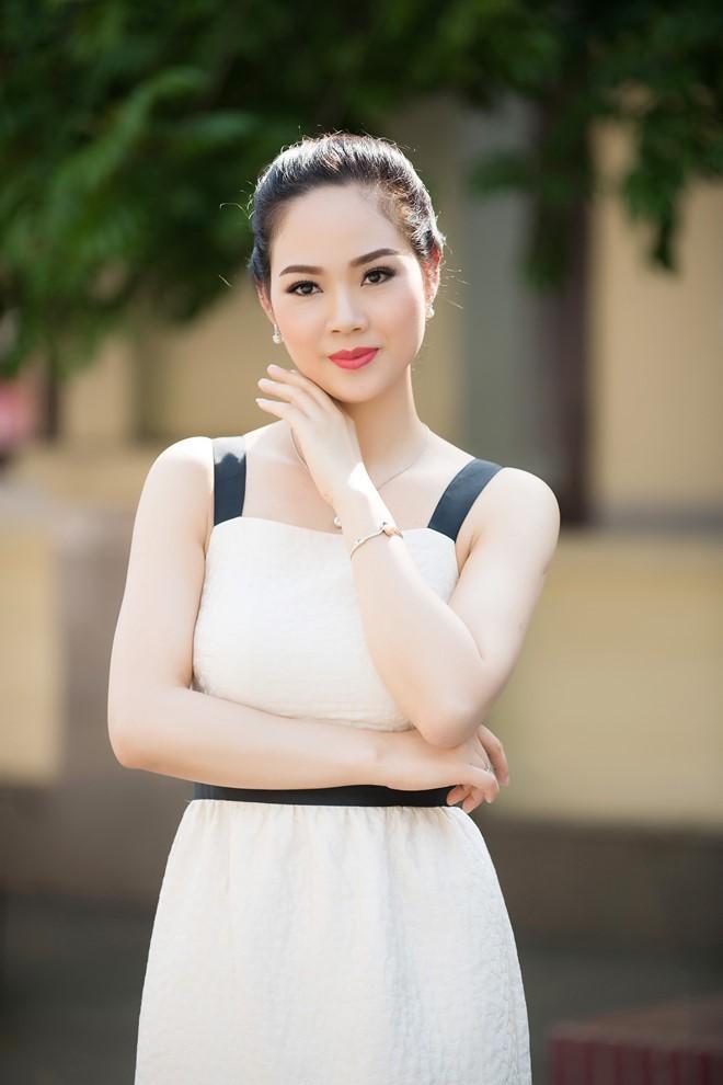 Đỉnh cao nhan sắc dàn Hoa hậu U40, U50 của Vbiz: Đăng quang cả thập kỷ vẫn giữ trọn vẻ đẹp như thời thanh xuân - Ảnh 13.