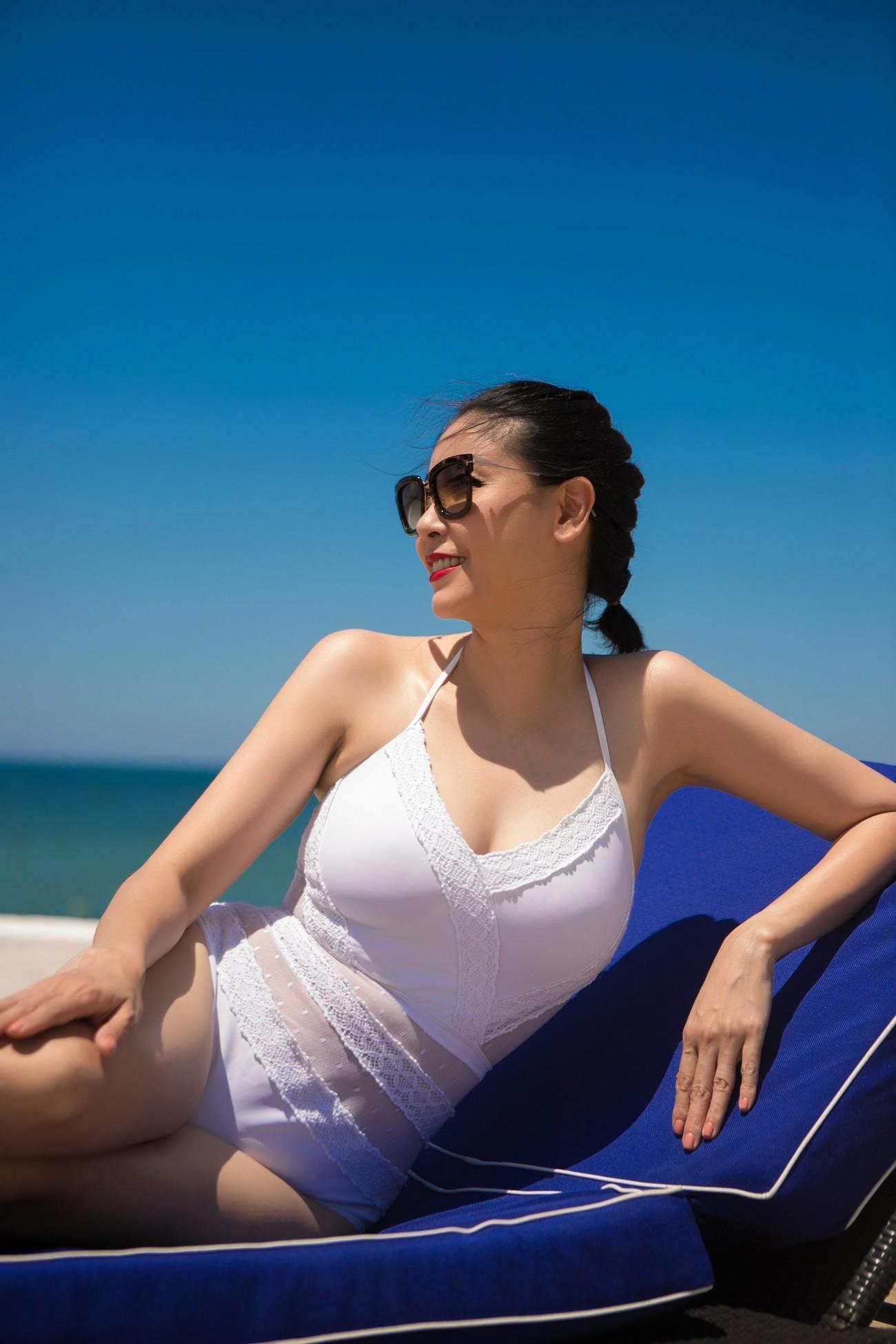 Đỉnh cao nhan sắc dàn Hoa hậu U40, U50 của Vbiz: Đăng quang cả thập kỷ vẫn giữ trọn vẻ đẹp như thời thanh xuân - Ảnh 4.
