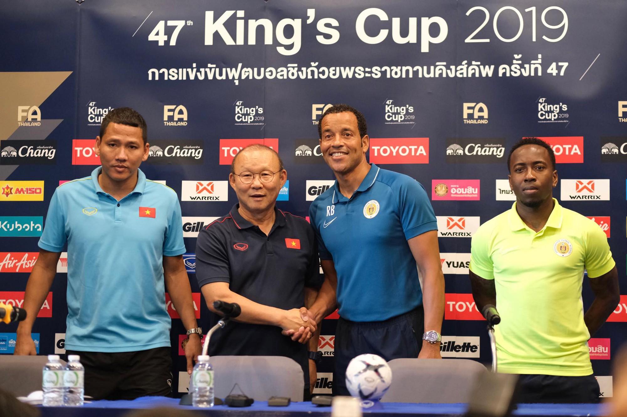 HLV Park Hang-seo: Nhiều tuyển thủ Việt Nam chấn thương, mệt mỏi sau trận thắng Thái Lan - Ảnh 3.