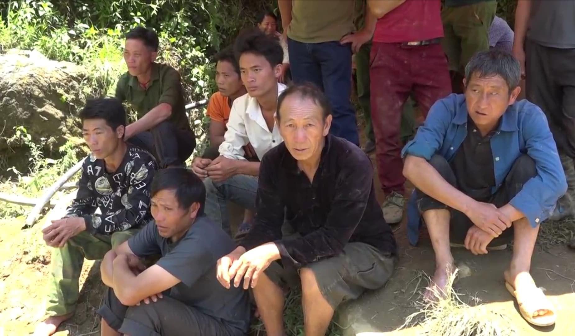Cận cảnh hiện trường giải cứu nạn nhân mắc kẹt trong hang đá ở Lào Cai - Ảnh 3.