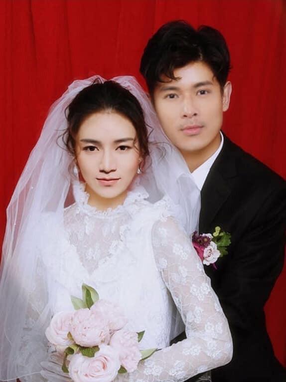 Không chỉ ghép đôi xuông, dân mạng còn lầy lội chế ảnh cưới cho BB Trần và Trương Thế Vinh rồi đây này! - Ảnh 1.
