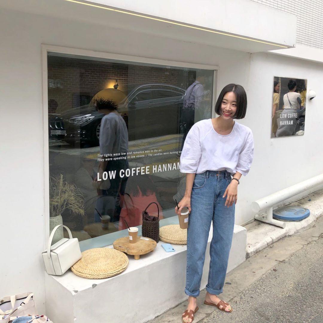 Trời oi bức kinh hoàng, bạn sẽ cần đến gợi ý ăn mặc mát mẻ mà vẫn đẹp xỉu từ các cô nàng Hàn Quốc sành mặc tuần qua - Ảnh 5.