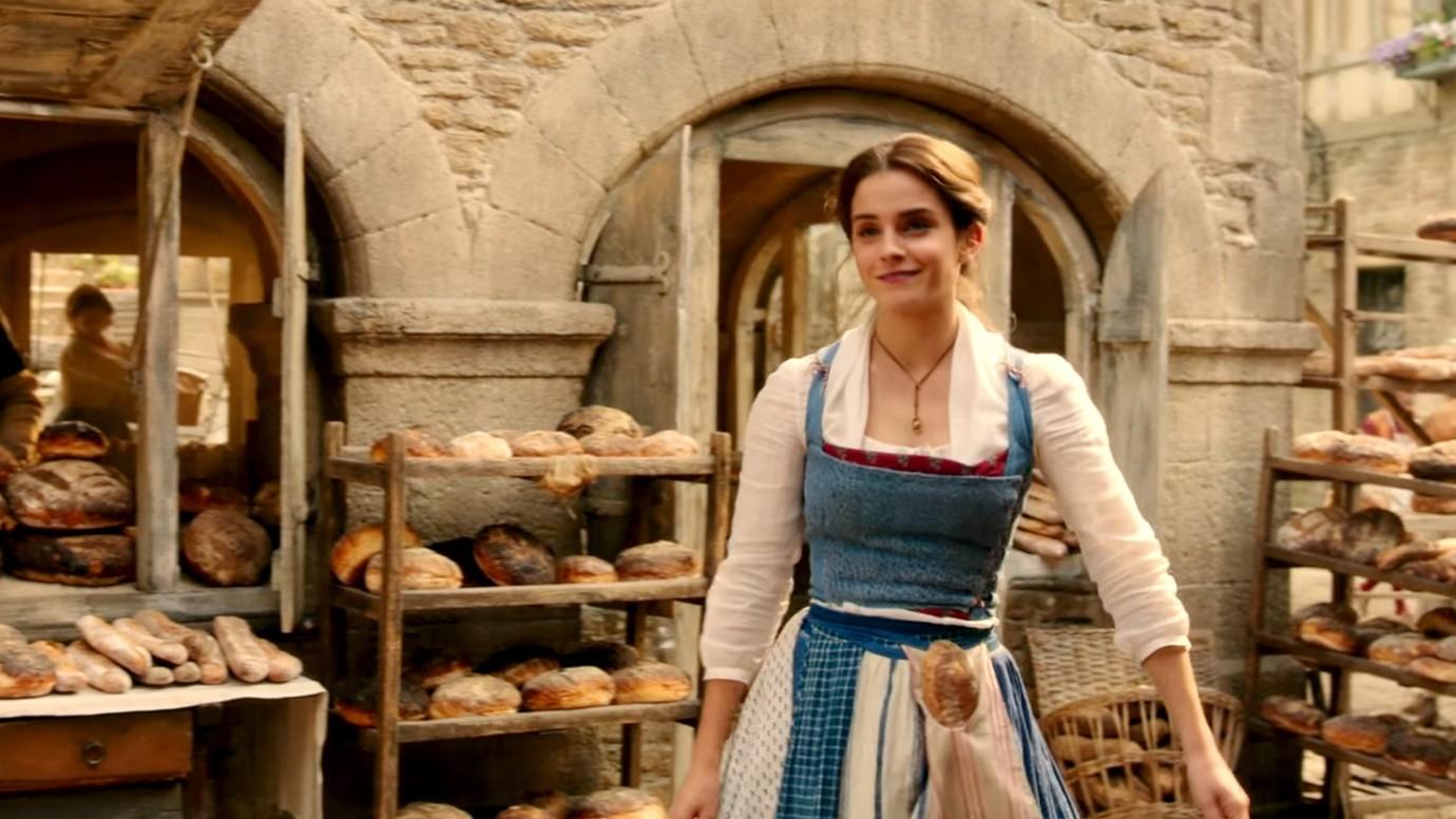 Nhan sắc 4 nàng công chúa Disney trong phim và đời thực: Emma Watson gây thất vọng giữa dà ngọc quý đẹp lạ - Ảnh 10.