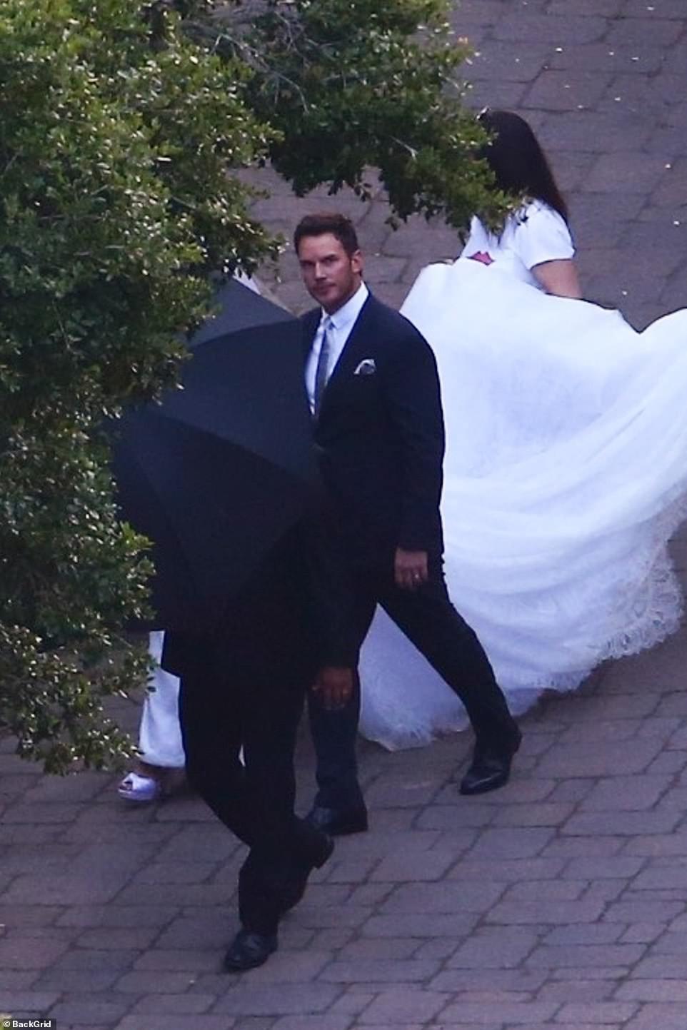 Đám cưới siêu hot kiểu gia tộc quyền lực nhất nước Mỹ: Ái nữ Kẻ huỷ diệt chính thức thành vợ tài tử Avengers - Ảnh 6.