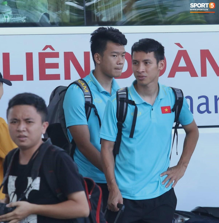 Sau Công Phượng, thêm ba cầu thủ của HAGL đánh lẻ ngay khi về tới Hà Nội - Ảnh 3.