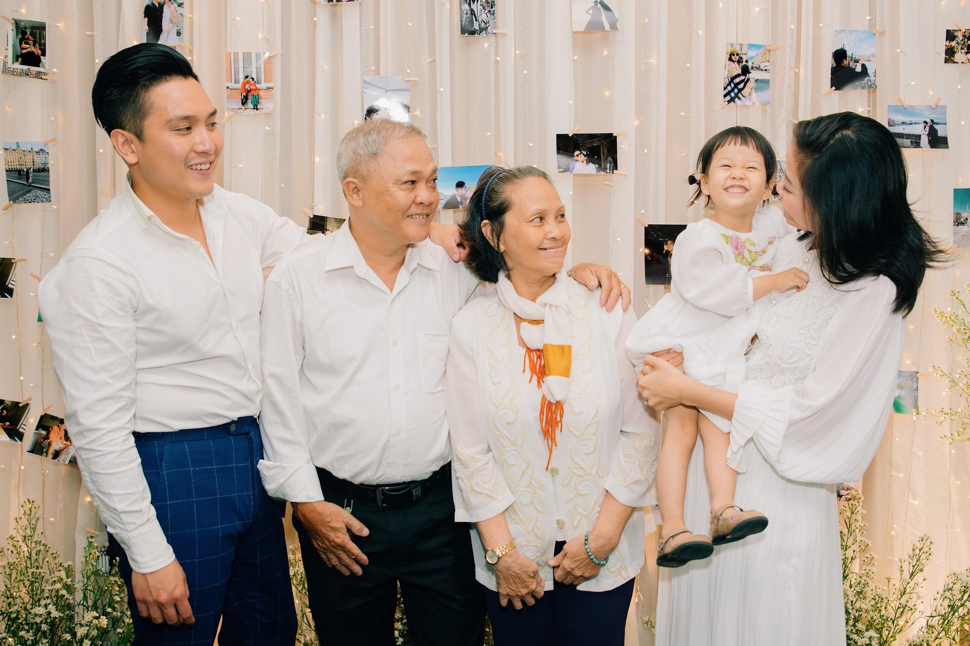 Thông tin ít ỏi về chồng sắp cưới MC Liêu Hà Trinh: Doanh nhân thành đạt trong lĩnh vực đầu tư ẩm thực tại Hà Lan - Ảnh 6.
