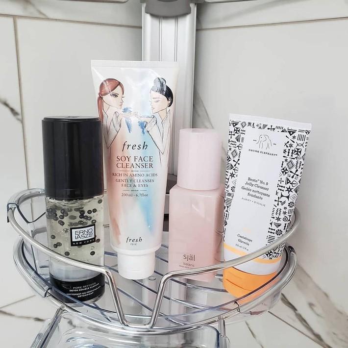 Ngay từ bước rửa mặt mà bạn lại chọn nhầm 2 sản phẩm này thì có chăm thế nào da cũng khó đẹp lên - Ảnh 2.