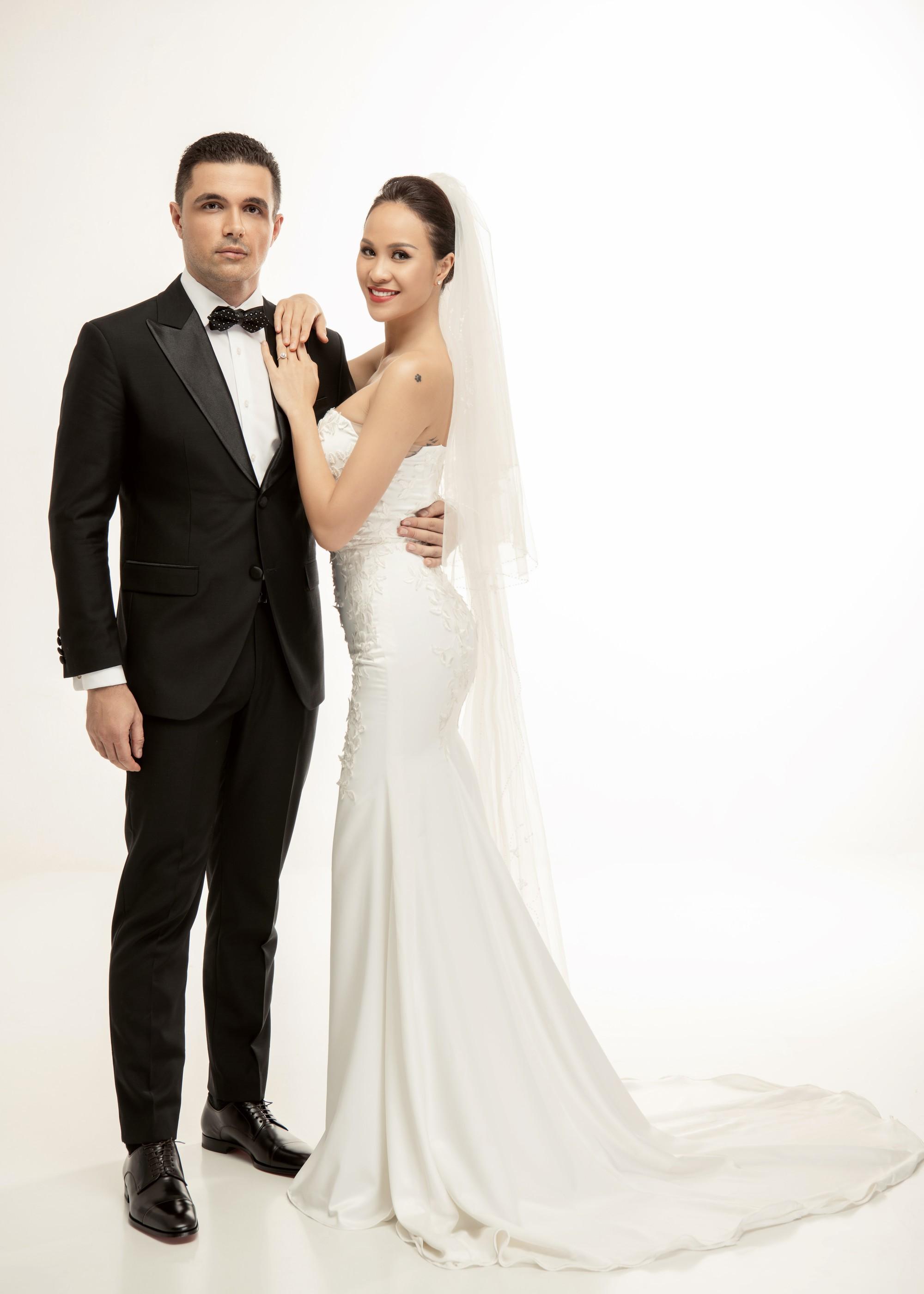 So kè váy cưới của 3 mỹ nhân Vbiz sắp về nhà chồng: Phí Linh nền nã, Phương Mai sexy nhưng bất ngờ nhất là Đàm Thu Trang - Ảnh 6.